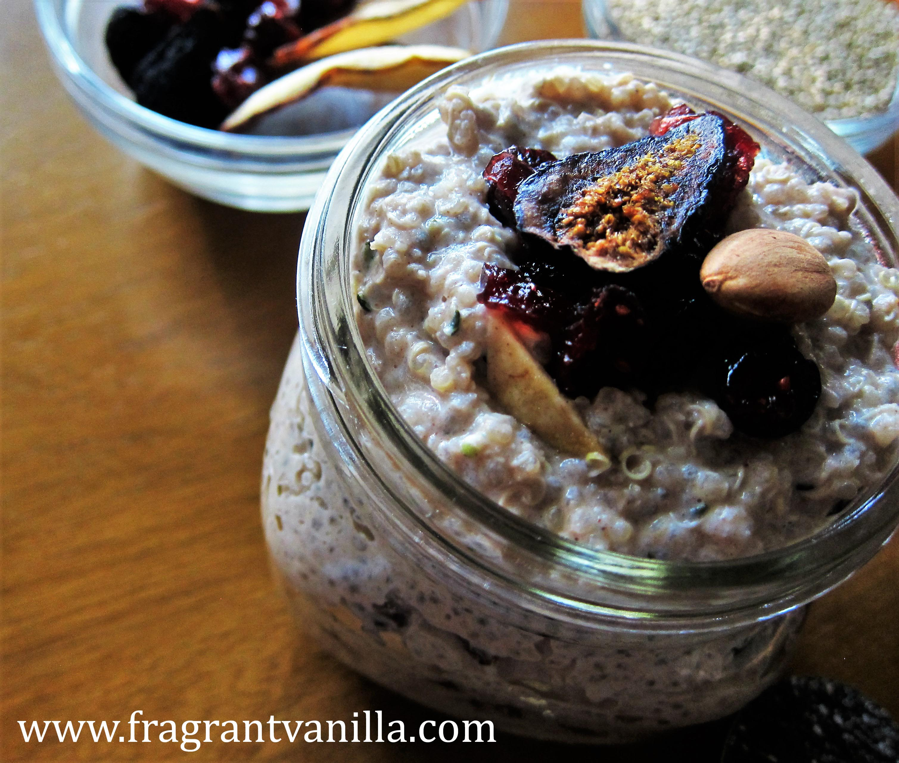 Autumn Quinoa Breakfast Porridge