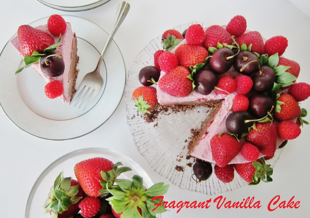 Raw Chocolate Ruby Cheesecake