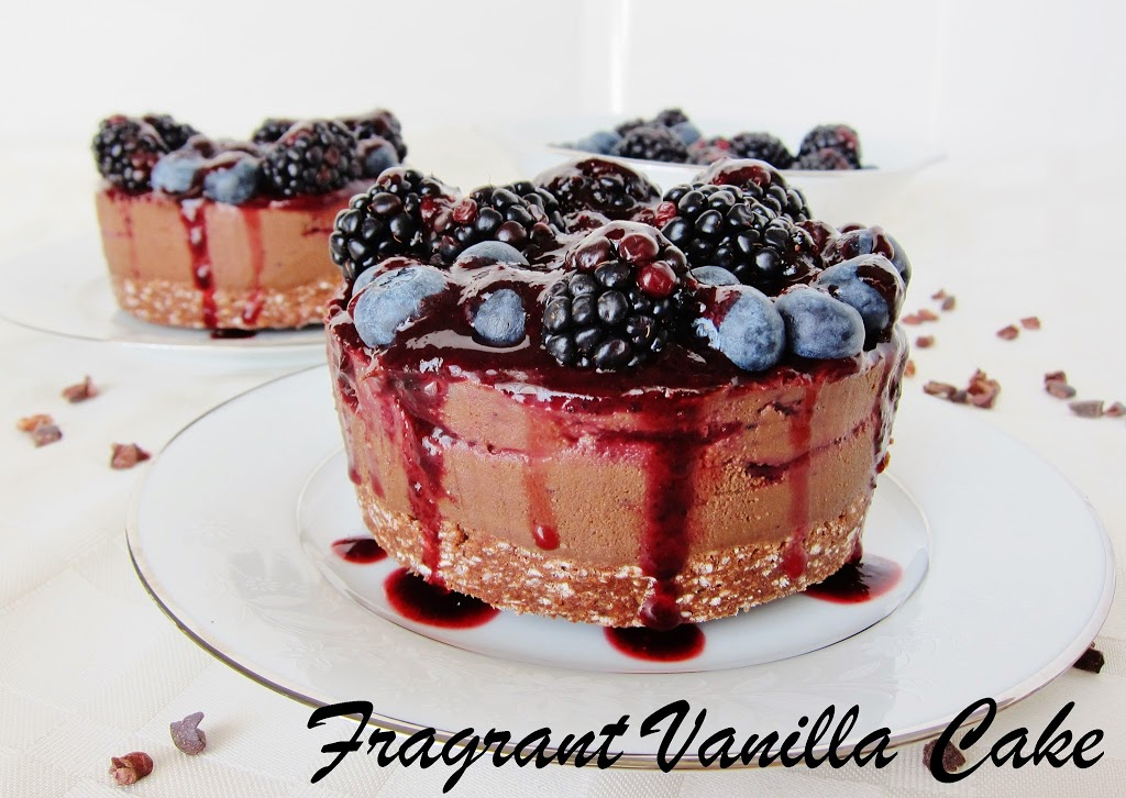 Mini Raw Dark Chocolate Black and Blueberry Mousse Cakes