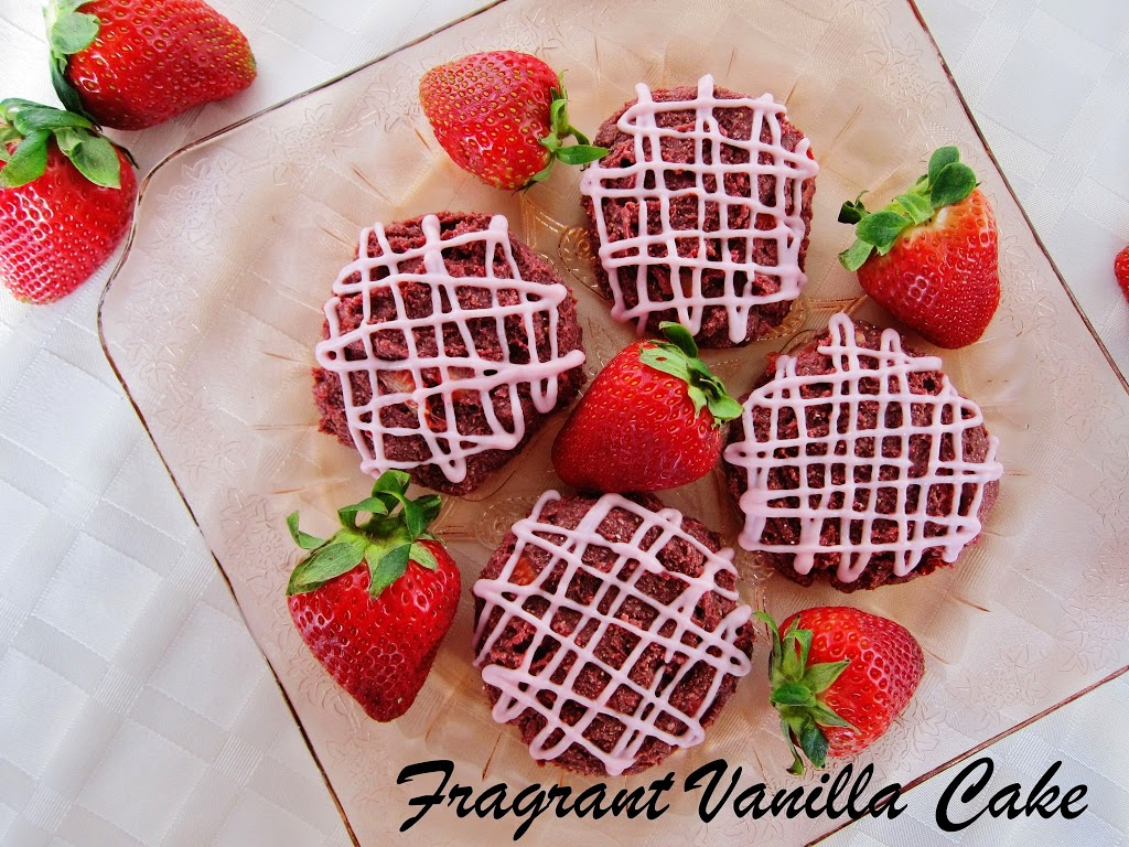 Raw Soft Strawberry Cookies