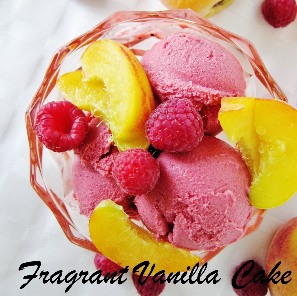 Raw Raspberry Peach Frozen Yogurt