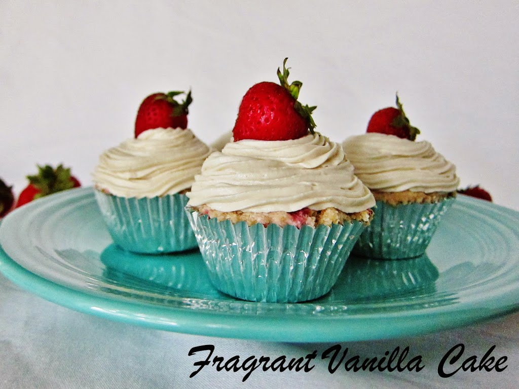 Raw Strawberries and Cream Cupcakes