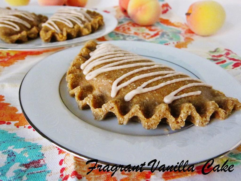 Raw Ginger Peach Hand Pies