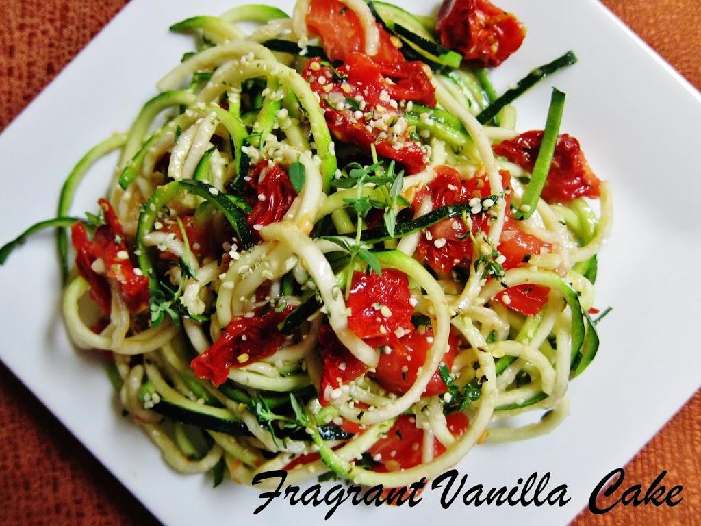 Simple Tomato Lemon Thyme Pasta