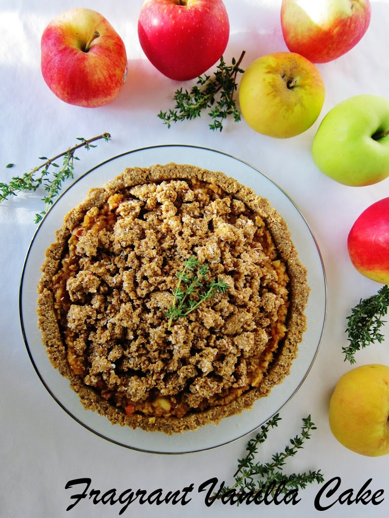 Raw Apple Thyme Crumble Tart