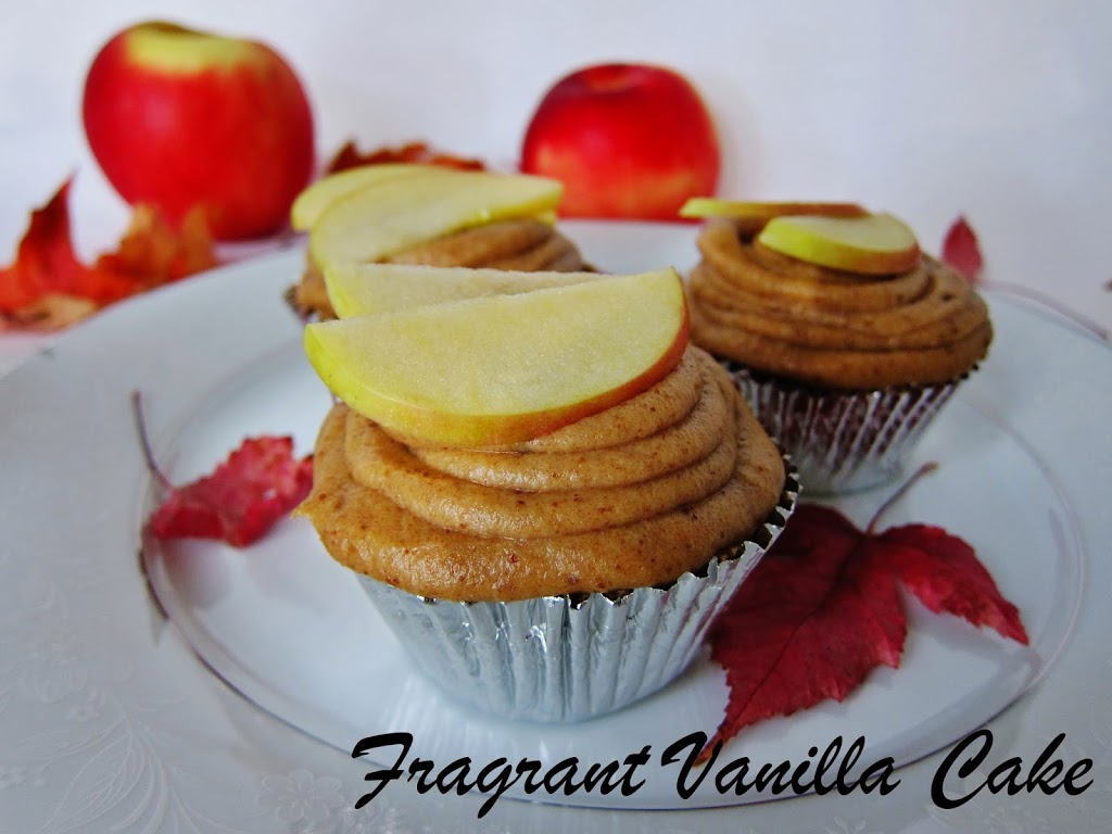 Raw Caramel Apple Cupcakes