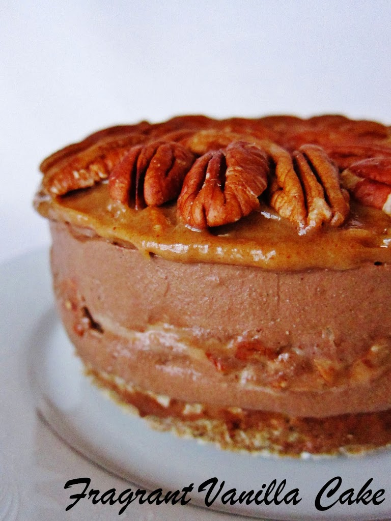 Raw Chocolate Pecan Pie Mousse Cake