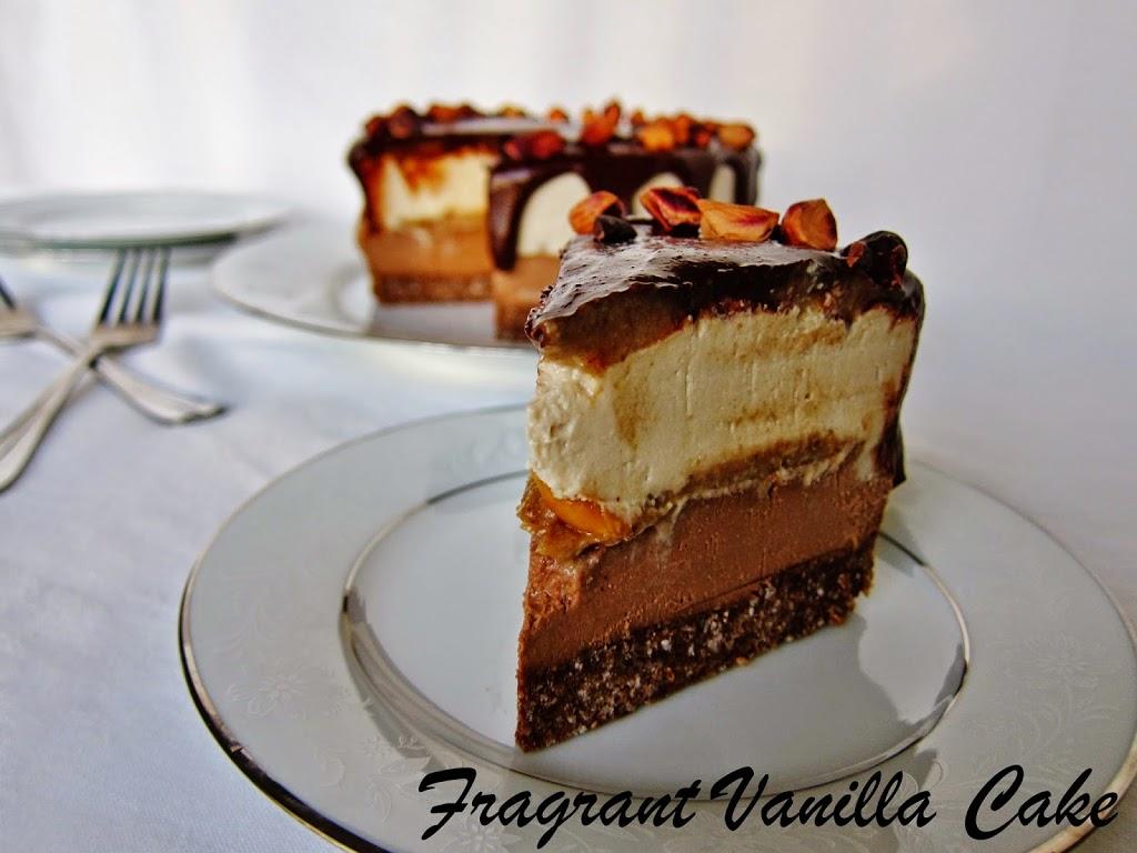 Raw Snickers Cheesecake Fragrant Vanilla Cake