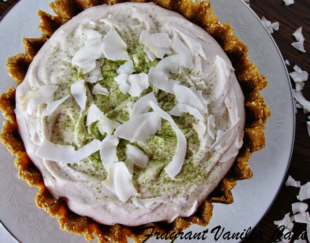 Raw Matcha Coconut Cream Pie