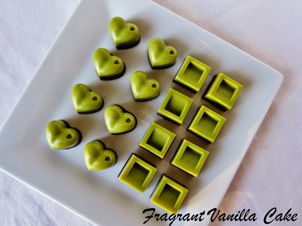 Raw Vanilla Mint Chocolates