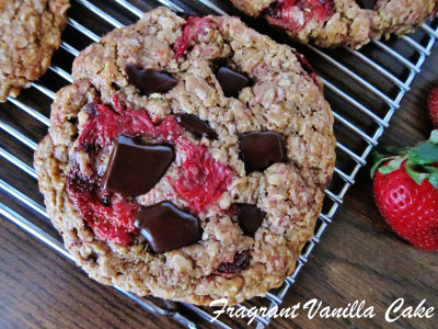 Strawberry Oatmeal Cookies 2