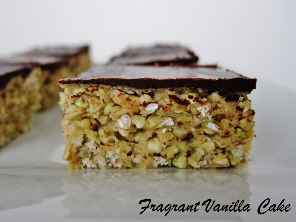 Raw Peanut Butter Buckwheat Crispy Bars