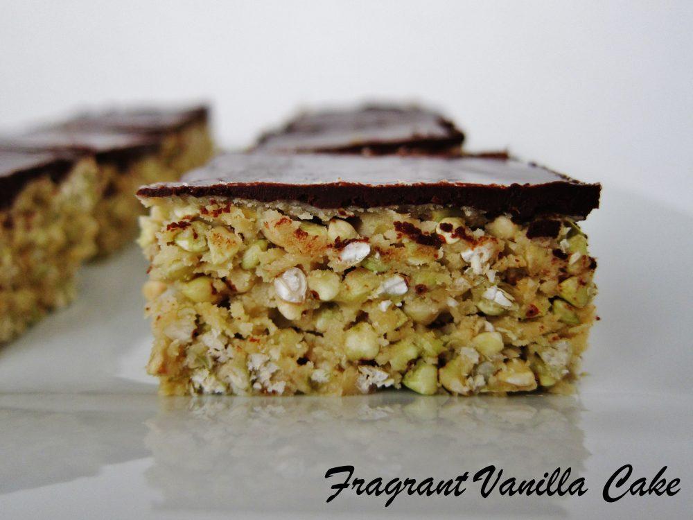 Raw Peanut Butter Buckwheat Crispy Bars