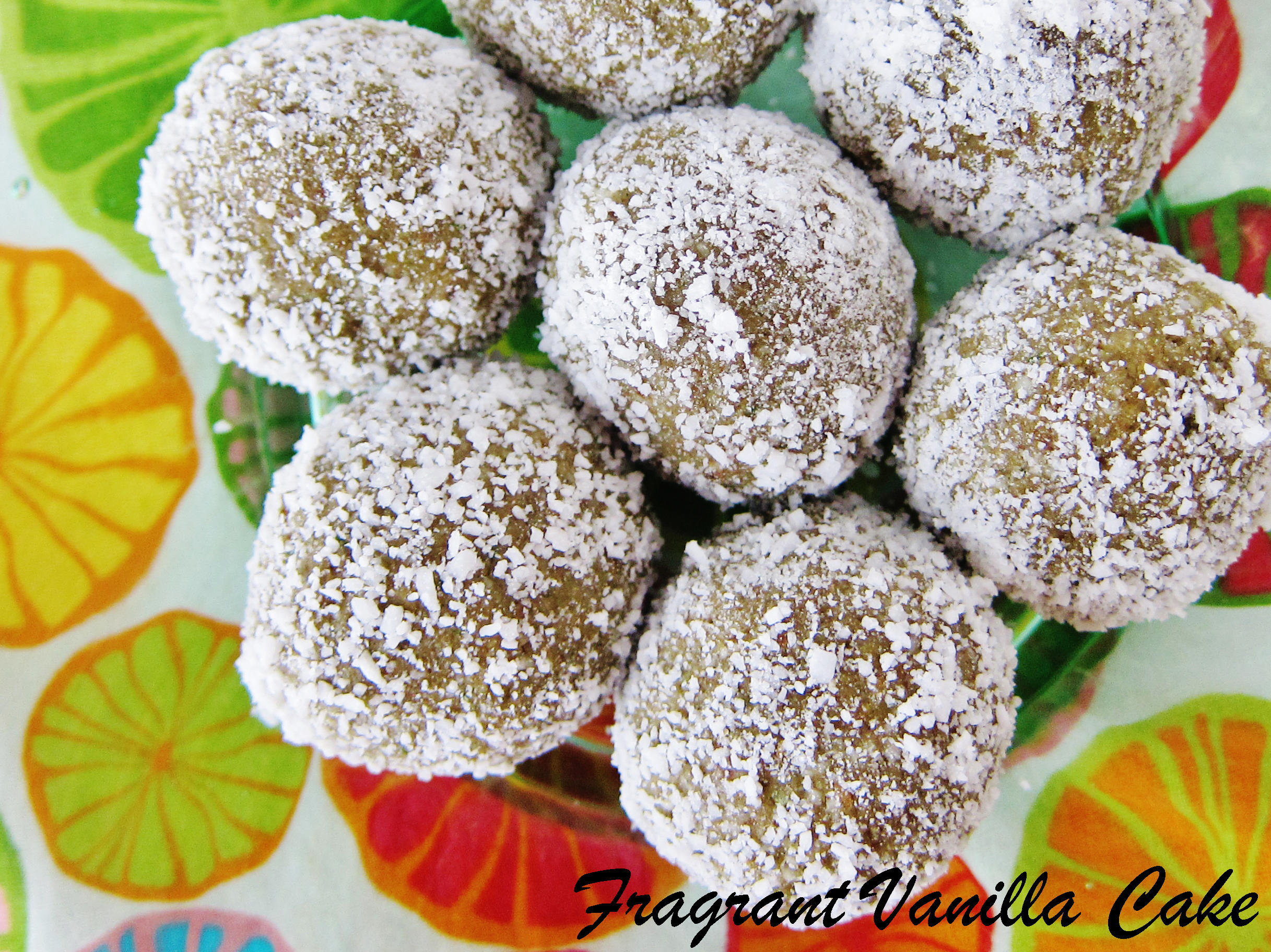 Raw Coconut Lime Doughnut Holes