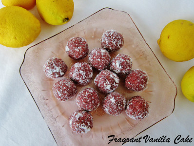 Raspberry Lemon Doughnut Holes