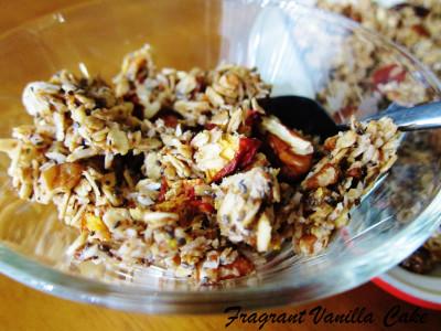 Caramel Pecan Peach Granola 4