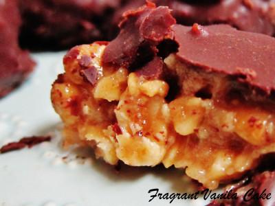 Peanut Caramel Clusters 4