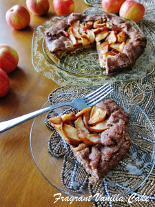 Vegan Crab Apple Rustic Tart with Gingerbread Crust 3