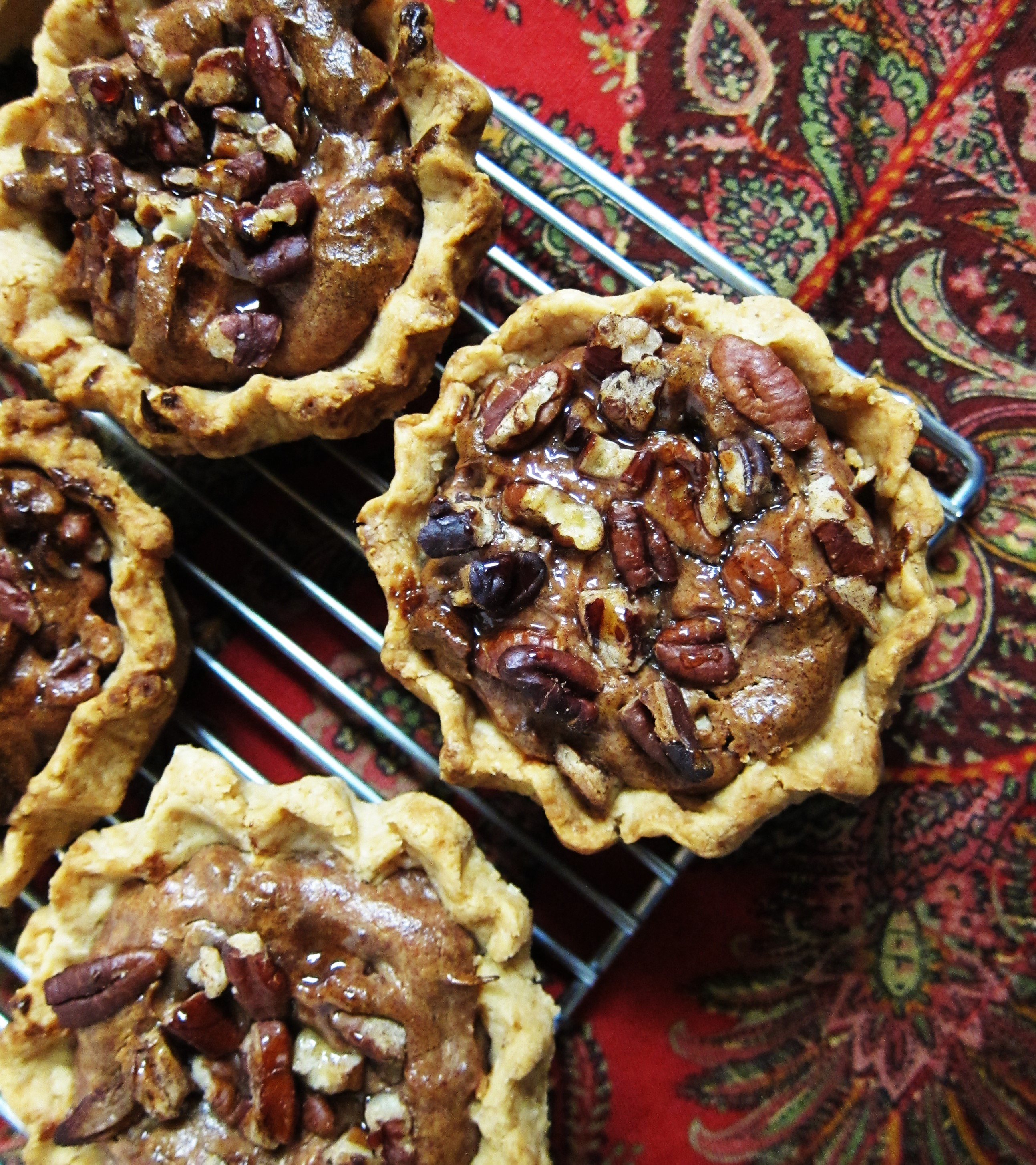 Vegan Mini Pecan Pies