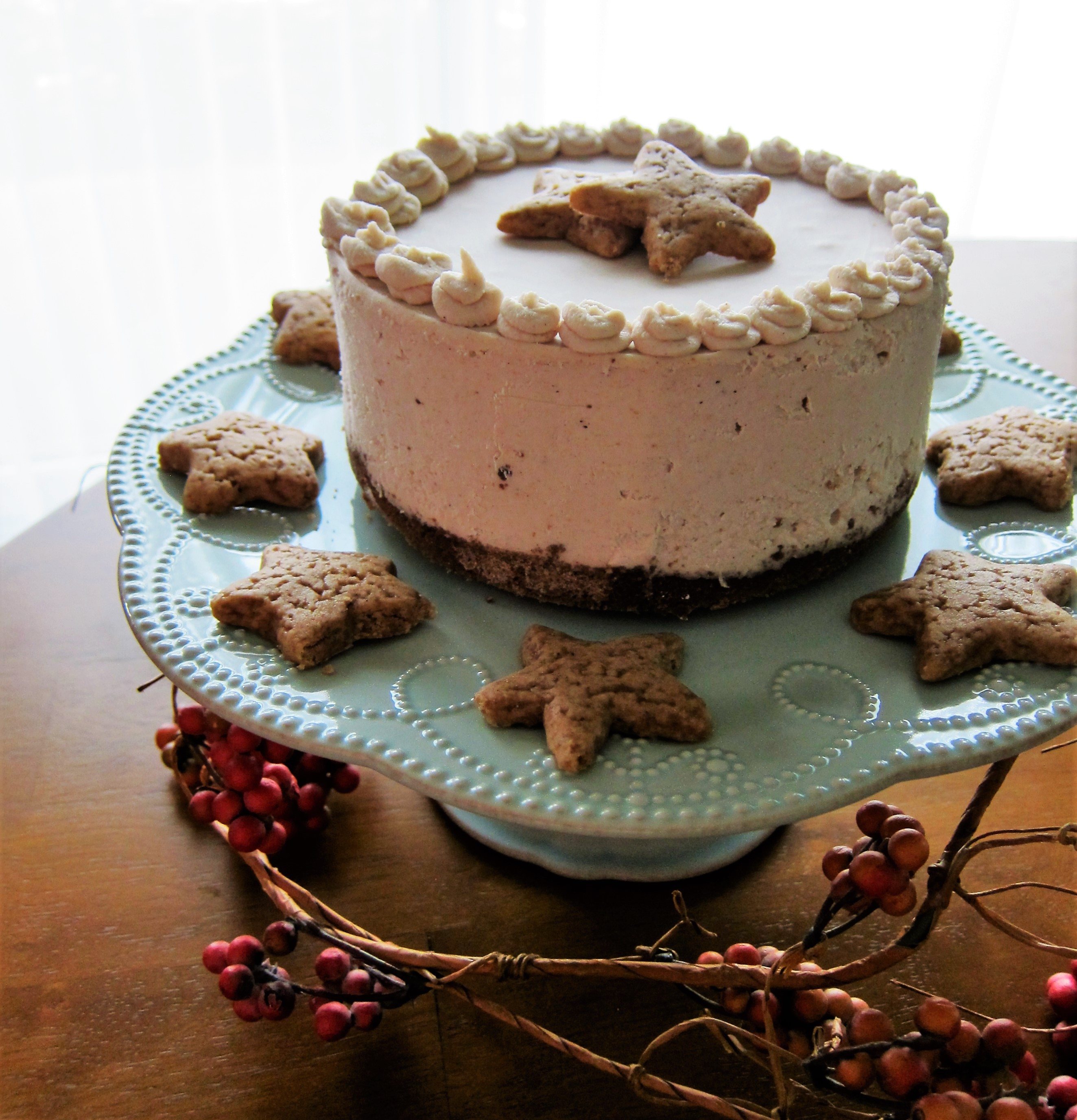 Vegan Gingerbread Cheesecake and a L. C. Finns Extract Giveaway!