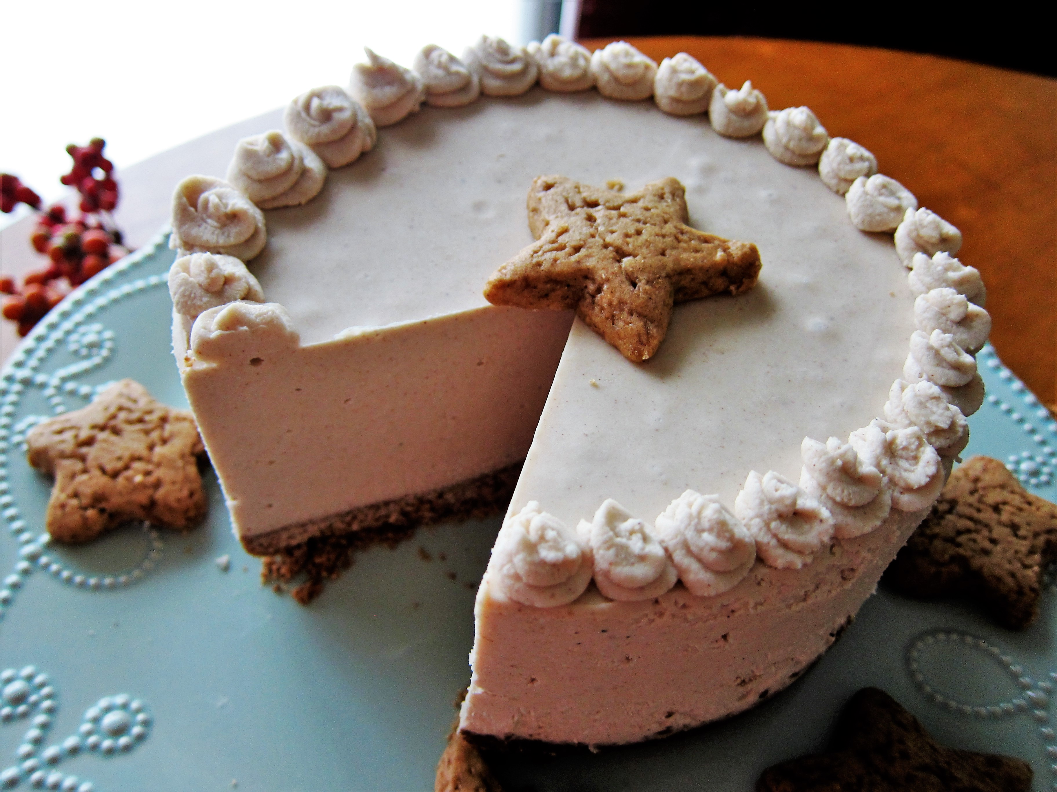 Vegan Gingerbread Cheesecake and a L. C. Finns Extract ...