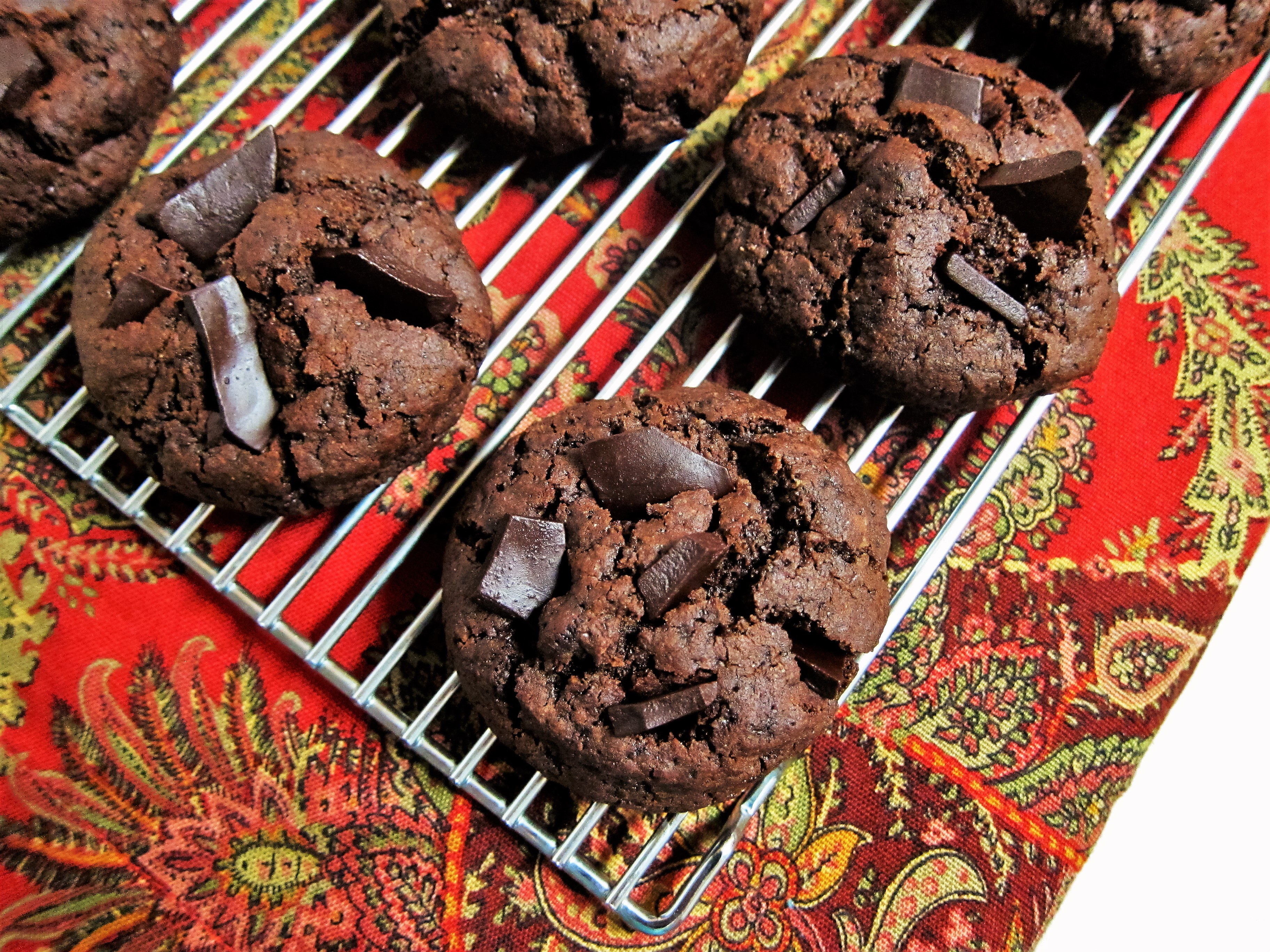 Vegan Mint Double Chocolate Brownie Cookies