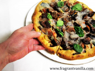 roasted-carrot-fig-pizza-3