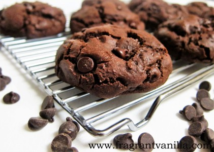 chocolate lovers brownie cookies