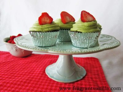 Green Tea Cupcakes with Strawberry Rhubarb Filling 2