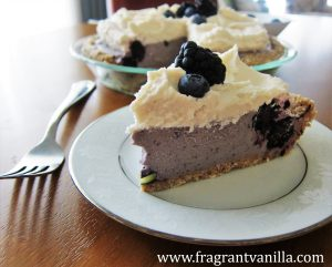 Black and Blue Berry Cheesecake Pie 2