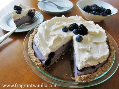 Black and Blue Berry Cheesecake Pie 3