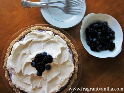 Black and Blue Berry Cheesecake Pie 6