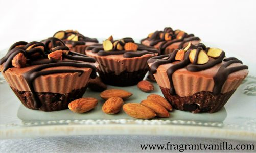 mini chocolate almond cheesecakes 1