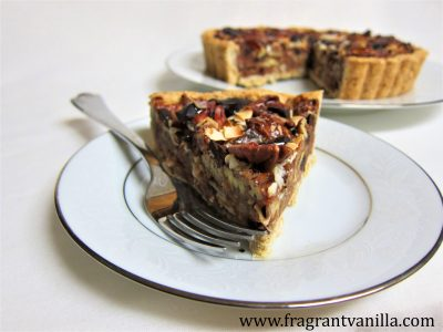 pecan-coconut-chocolate-chunk-tart-2