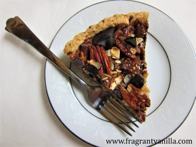 pecan-coconut-chocolate-chunk-tart-4