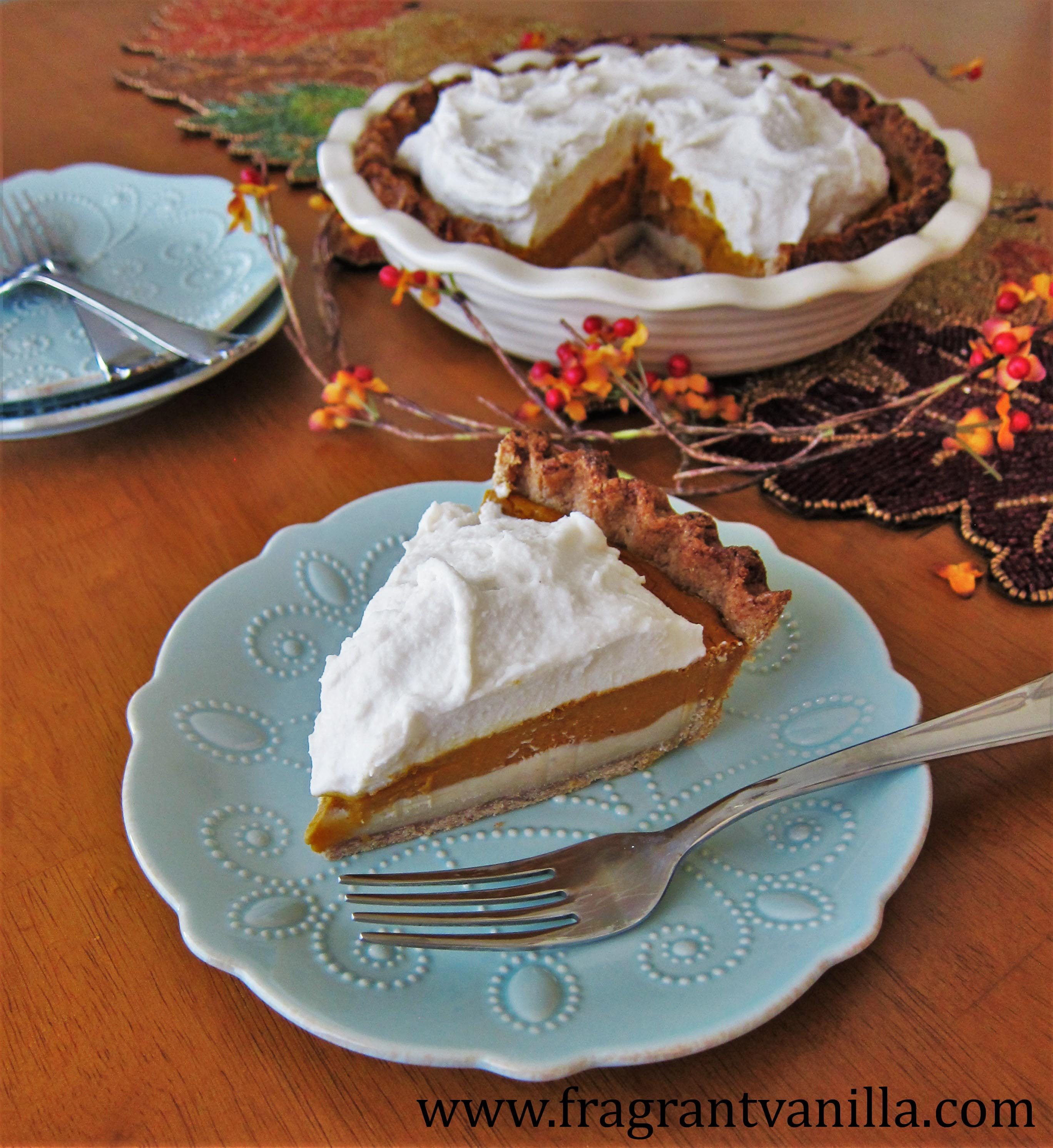 Vegan Pumpkin Cream Cheese Pie