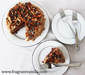 dark-chocolate-bourbon-pecan-caramel-cake