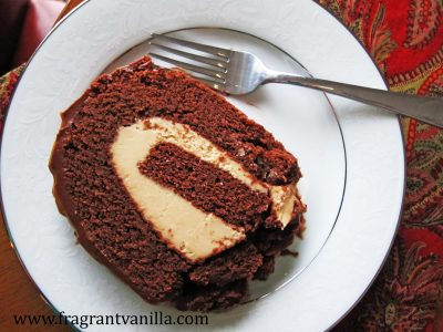 dark-chocolate-peanut-butter-roll-cake-1