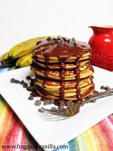 pb-banana-chocolate-chip-pancakes-3