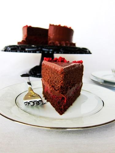 Vegan Dark Chocolate Red Wine Cake