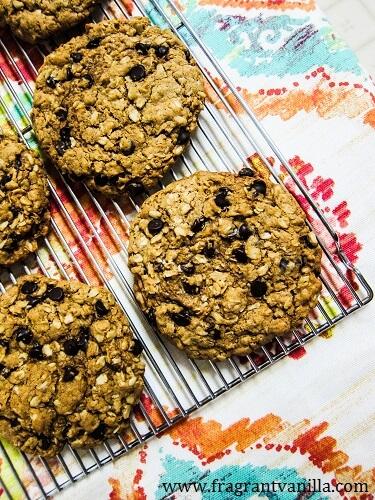Vegan Irish Oatmeal Cookies
