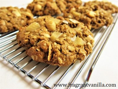 White Chocolate Coconut Macadamia Cookies 1