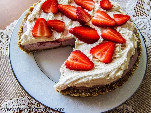 Vegan Strawberries and Cream Pie | Fragrant Vanilla Cake