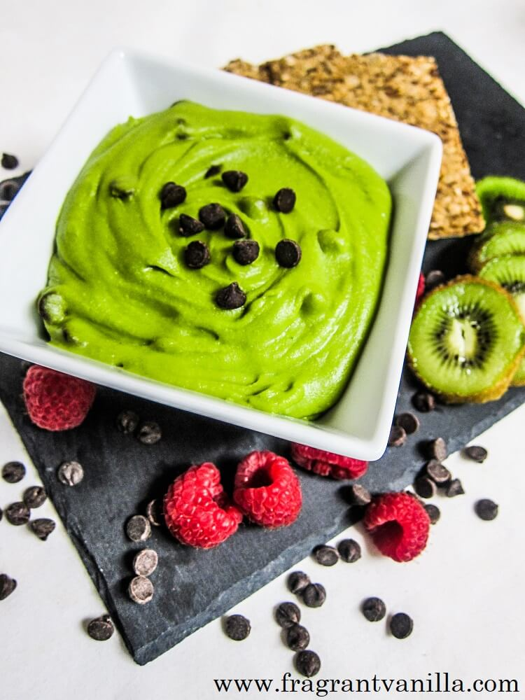 Mint Chocolate Chip Dessert Hummus