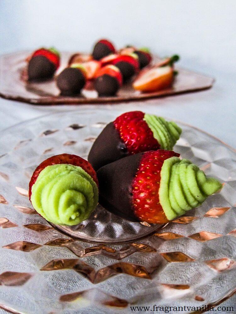 Chocolate Dipped Key Lime Pie Stuffed Strawberries