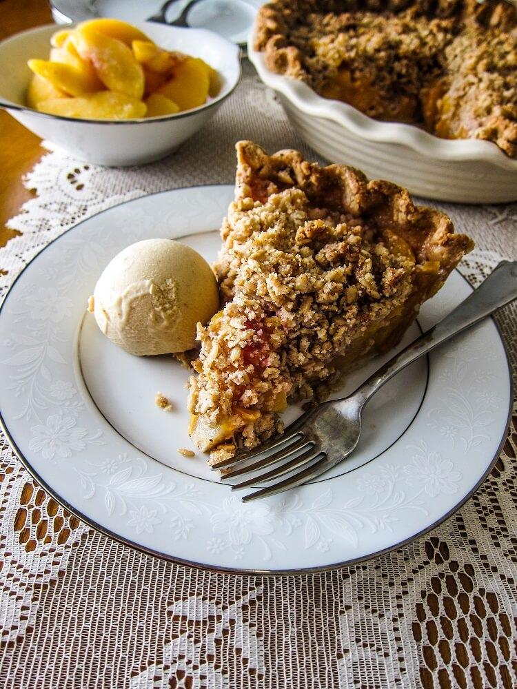 Vegan Peach Streusel Pie