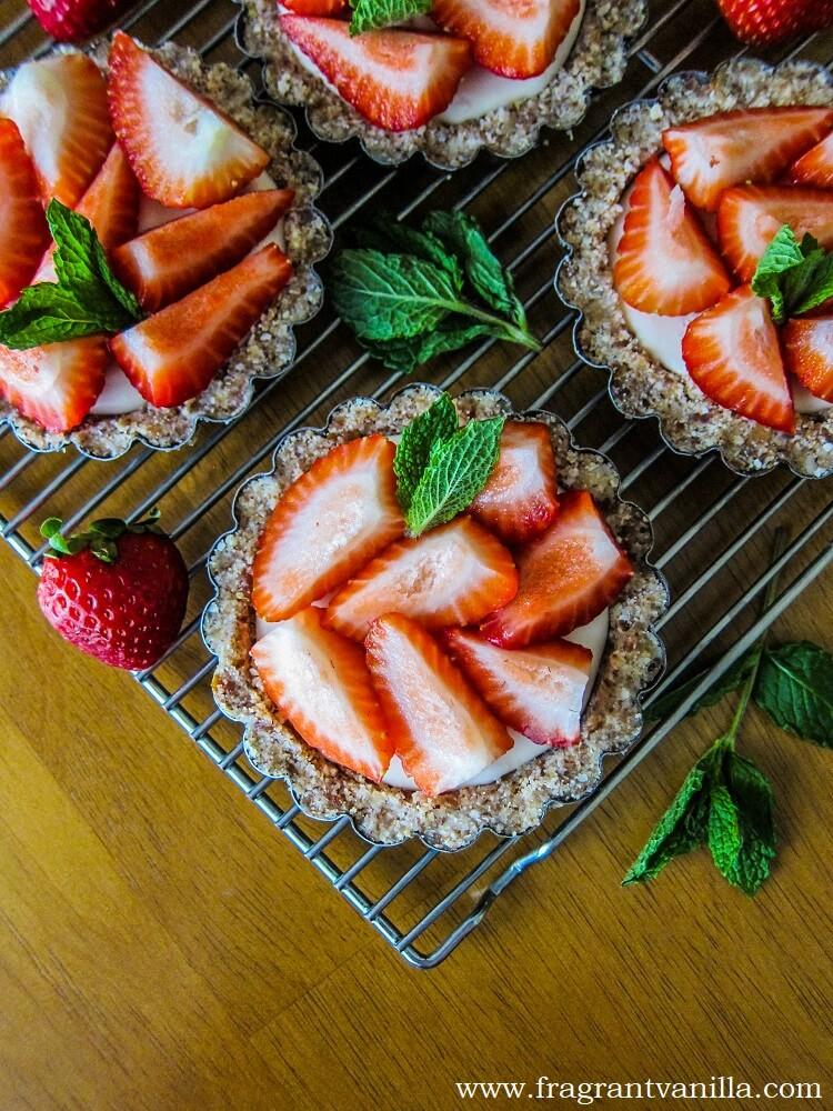 Vegan Strawberry Lemon Cream Tarts
