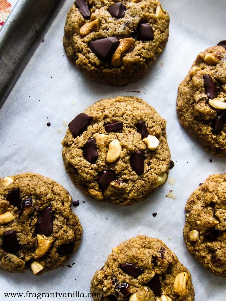 Vegan Caramel Cashew Chocolate Chunk Cookies
