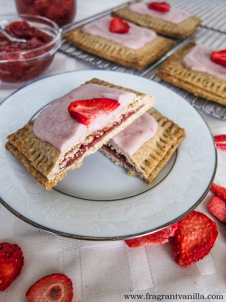 Vegan Strawberry Pop-Tarts