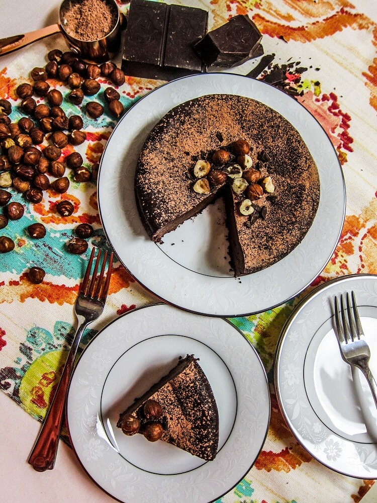 Vegan Hazelnut Flourless Chocolate Cake